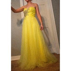 Blush Prom Yellow Tulle Dress Size 8 EUC